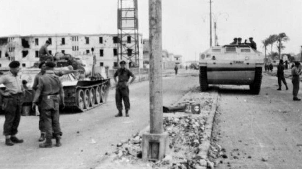 Βρετανικά στρατεύματα στο Πορτ Σάιντ το 1956