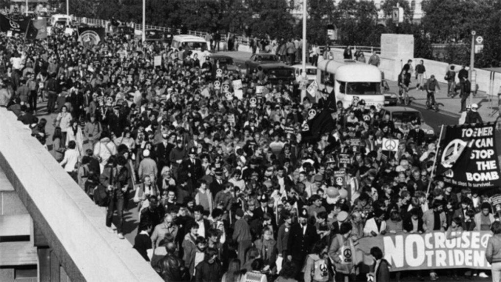 Διαδηλώσεις ενάντια στην εγκατάσταση πυραύλων Κρουζ στη Βρετανία το 1983
