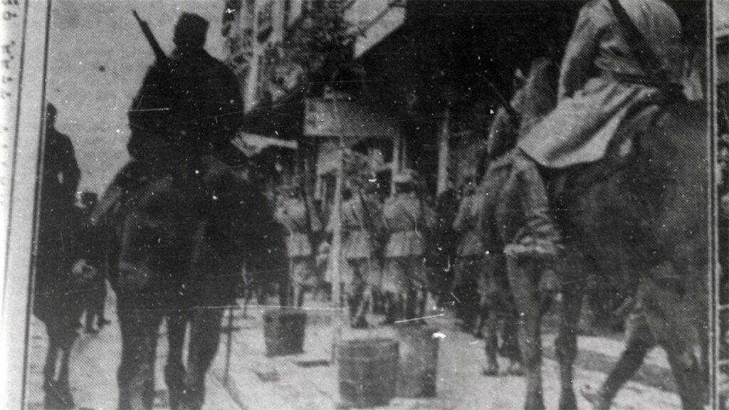 Η χωροφυλακή επιτίθεται στους καπνεργάτες της Καβάλας το 1924