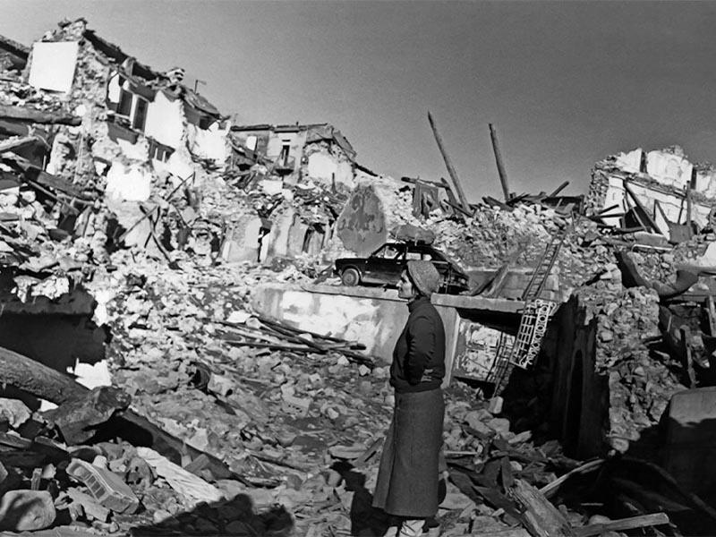 Σεισμός 6,89 Ρίχτερ στη Νότια Ιταλία, 1980