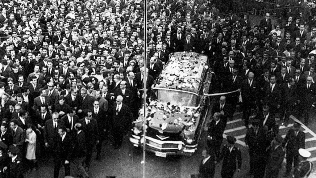 Η κηδεία του Γεωργίου Παπανδρέου το 1968
