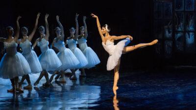 Χορός - Μπαλέτο - Χορεύτριες - Λίμνη των κύκνων