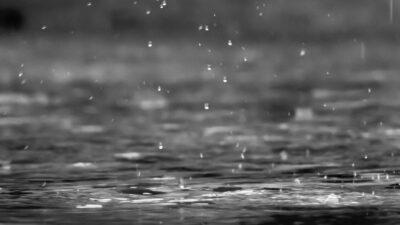 Σταγόνες της βροχής