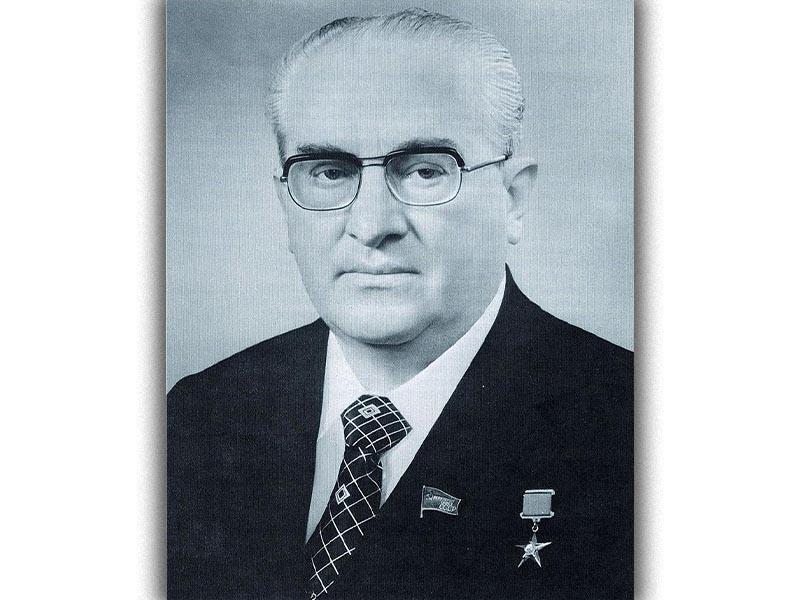 Γιούρι Αντρόποβ