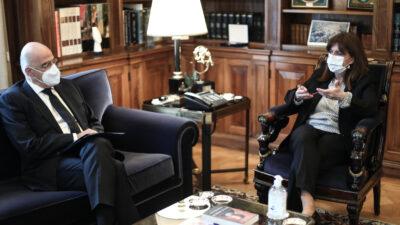 Από τη συνάντηση του κ. Δένδια με την ΠτΔ Κατερίνα Σακελλαροπούλου