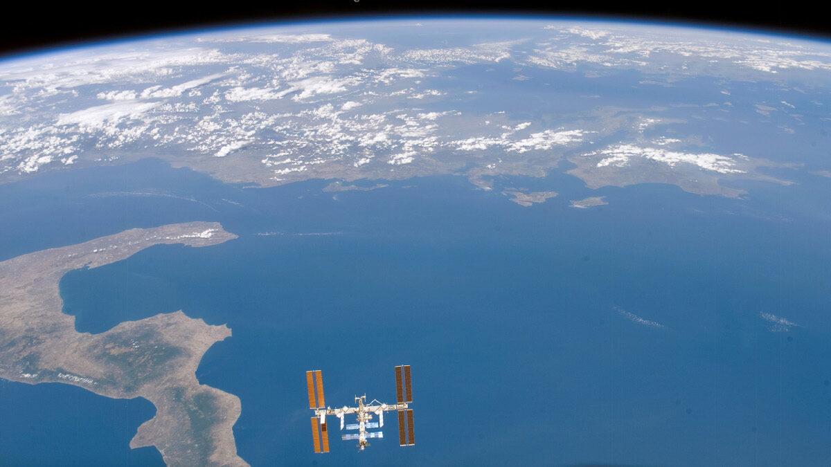 Ο Διεθνής Διαστημικός Σταθμός πάνω απο το Ιόνιο Πέλαγος