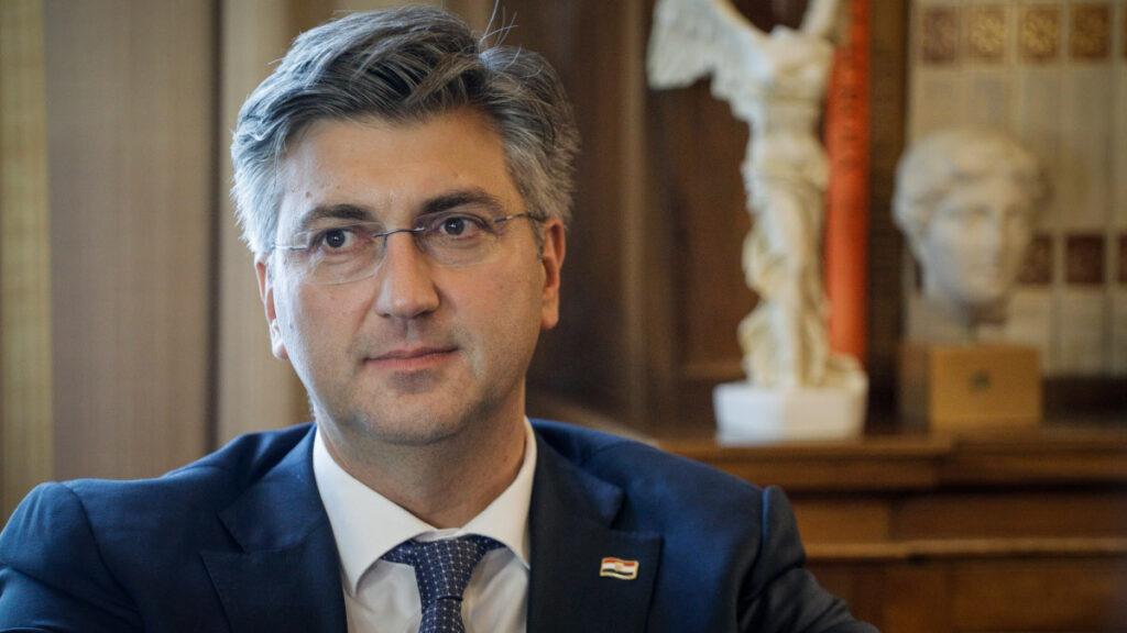 Αντρέι Πλένκοβιτς, Πρωθυπουργός Κροατίας