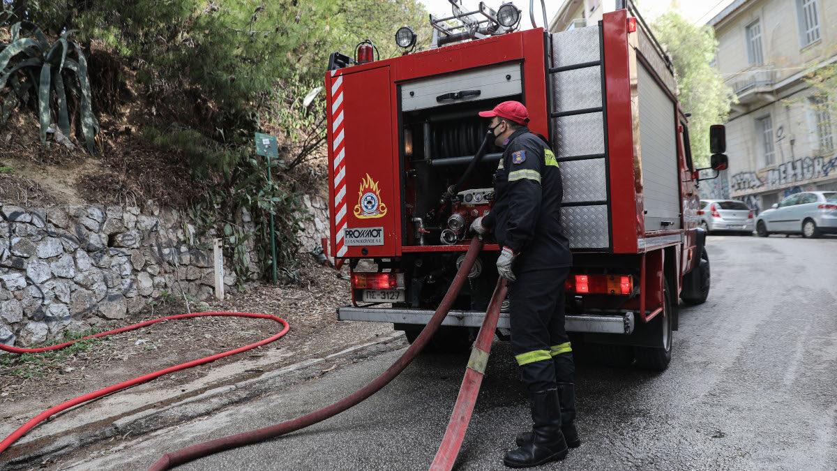 Πυροσβεστική - Πυρκαγιά σε οίκημα στο Λόφο του Στρέφη