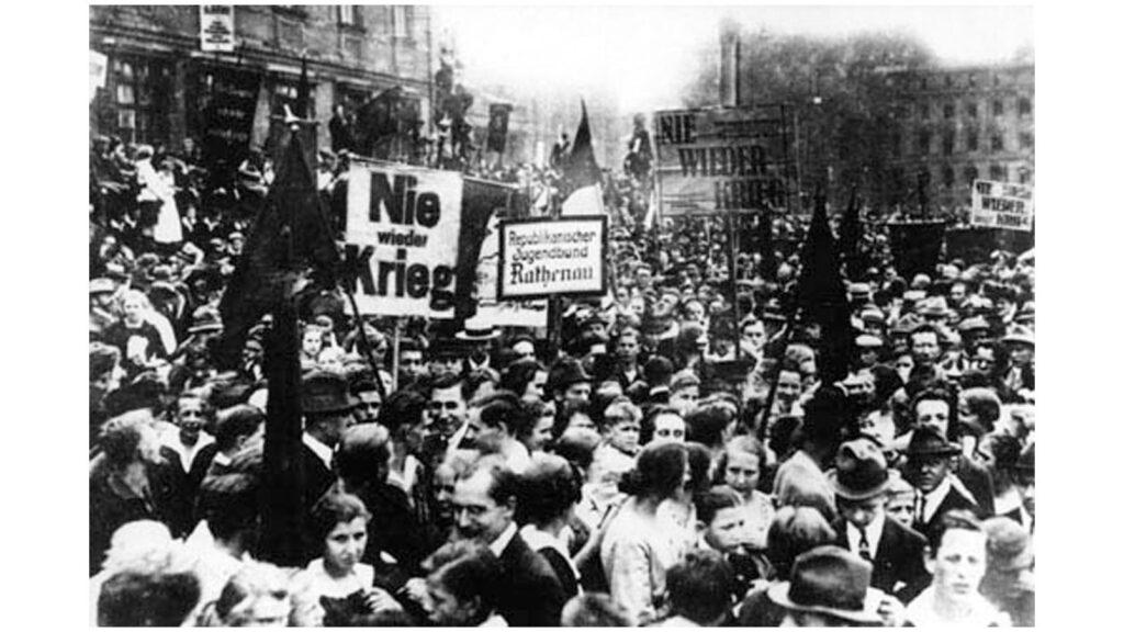 Γερμανία - Βερολίνο - Αντιπολεμικές απεργίες