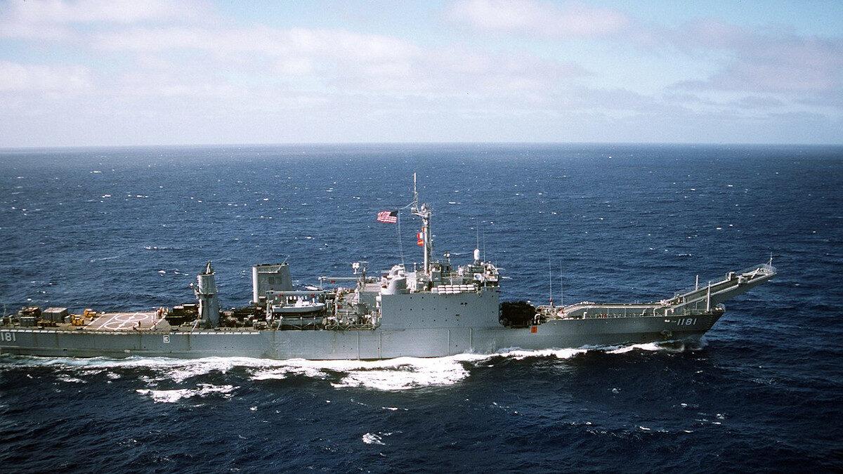 Αρματαγωγό USS Sumter (LST-1181) του Πολεμικού Ναυτικού των ΗΠΑ