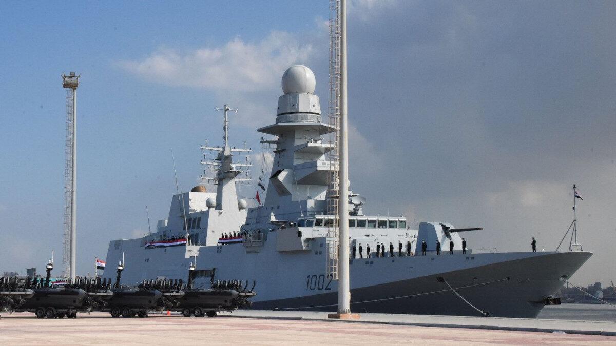 Η Φρεγάτα AL GALALA (F1002) του Αιγυπτιακού Ναυτικού στην τελετή ένταξης στο στόλο στο Ναύσταθμο της Αλεξάνδρειας