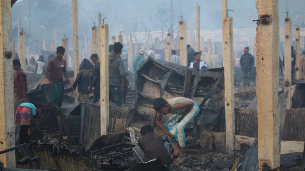 Πυρκαγιά σε προσφυγική δομή στο Μπανγκλαντές