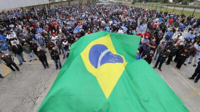Κινητοποίηση εργατών εργοστασίου VOLKWAGEN στη Βραζιλία