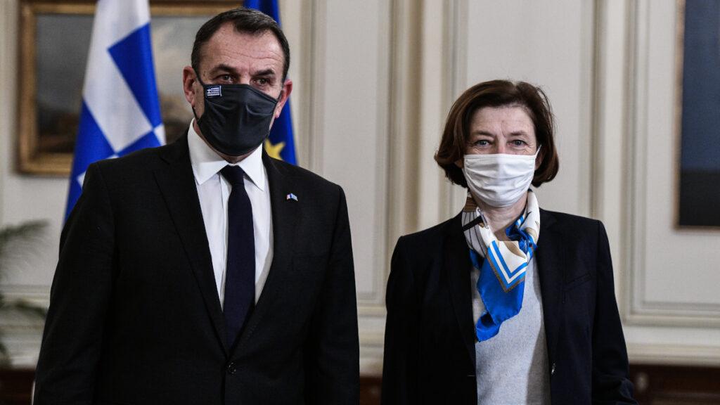 Συνάντηση του Πρωθυπουργού Κυριάκου Μητσοτάκη με την υπουργό 'Άμυνας της Γαλλίας Φλοράνς Παρλί