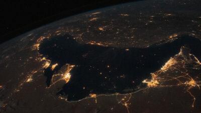 Ο Περσικός Κόλπος όπως φαίνεται τη νύχτα από τον Διεθνή Διαστημικό Σταθμό
