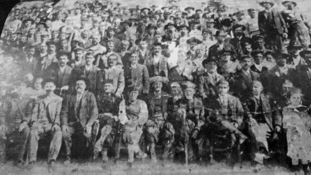 Σύρος - Ναυπηγεία - Απεργία, 1879