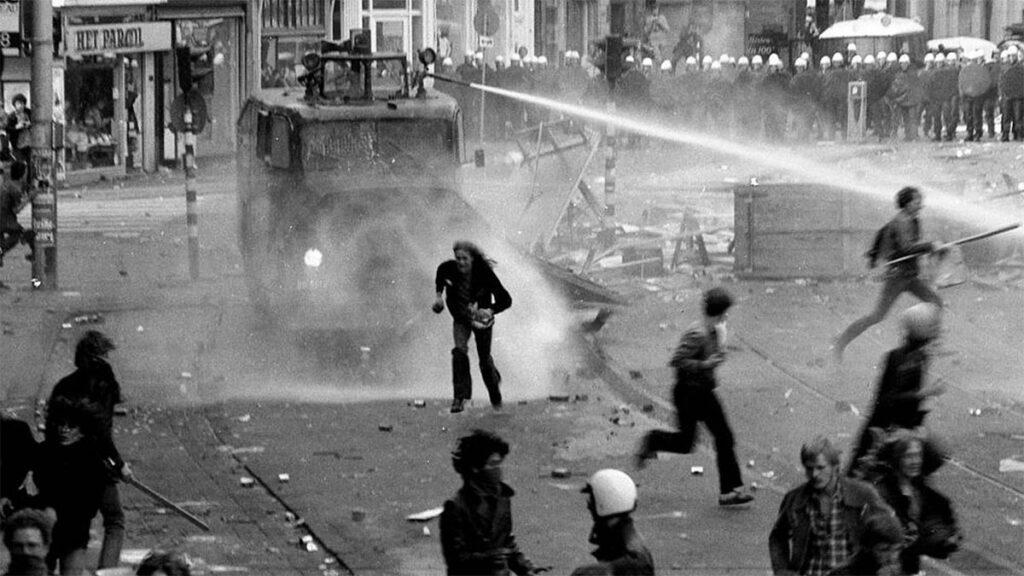 Ολλανδία - καταλήψεις - Άμστερνταμ - καταστολή, 1984