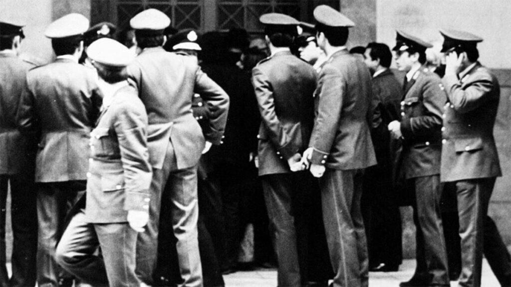 Πολυτεχνείο 1973 - Νομική - Φλεβάρης