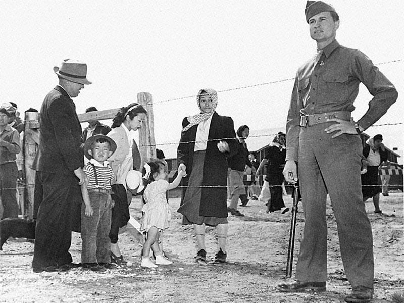 ΗΠΑ - Καταστολή - Στρατόπεδα συγκέντρωσης