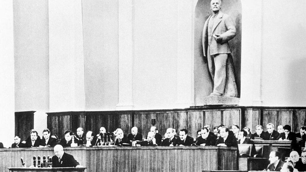 ΕΣΣΔ - ΚΚΣΕ - 20ο Συνέδριο - Οπορτουνισμός