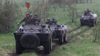 Στρατιώτες των Ενόπλων Δυνάμεων της Πορτογαλίας σε Νατοϊκή Άσκηση στη Δυτική Βοσνία το 2002
