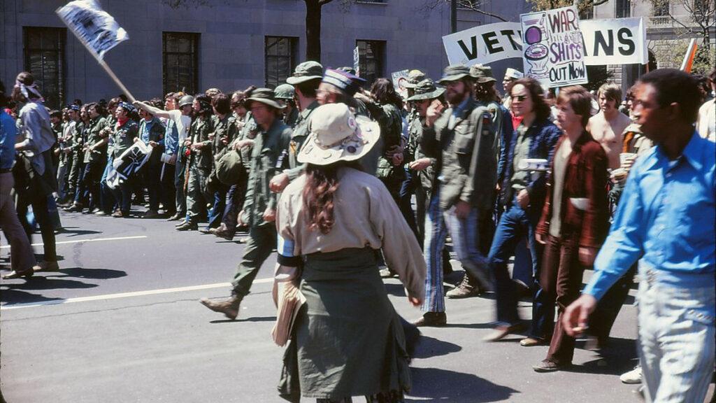 Αντιπολεμική διαδήλωση βετεράνων του Βιετνάμ στις 19 Απρίλη 1971 στην Ουάσιγκτον των ΗΠΑ