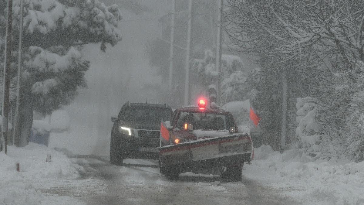 Χιόνια στο Διόνυσο Αττικής - 15-2-2021