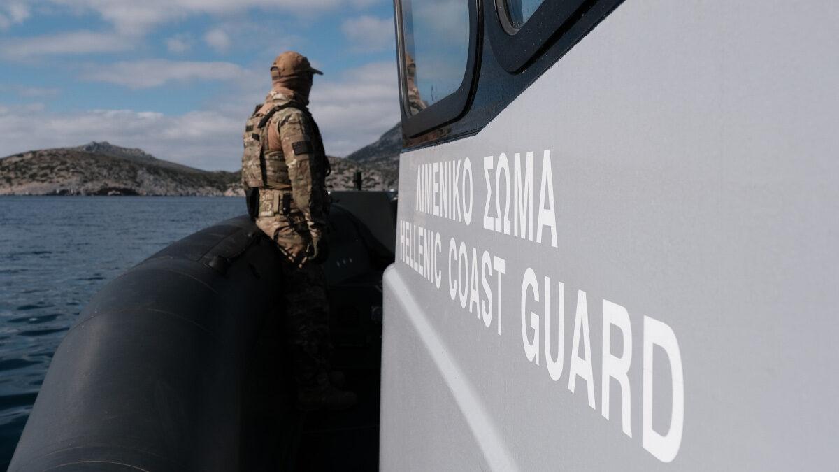 Υπουργείο Ναυτιλίας - Πλωτό του Λιμενικού Σώματος - Ελληνικής Ακτοφυλακής (RAFNAL) στην Ικαρία