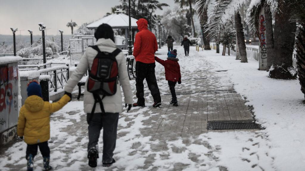 Χιόνια στην Αθήνα - Παραλία Παλαιού Φαλήρου 16/2/2021