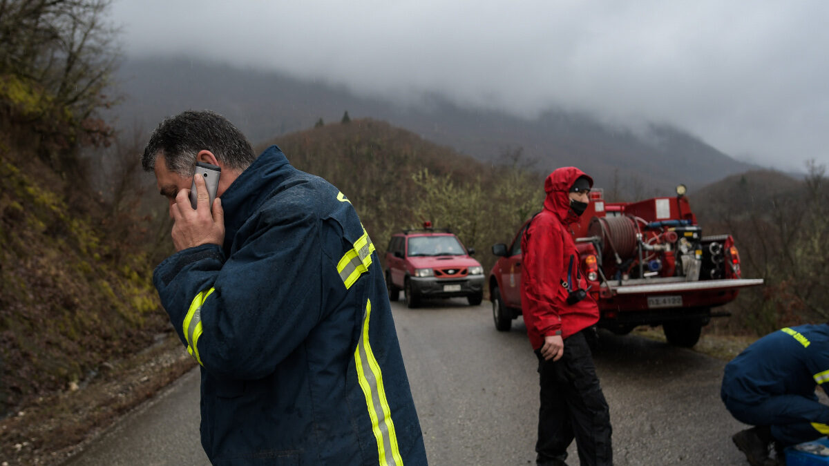 Έρευνα της Πυροσβεστικής στην περιοχή Μηλιωτάδων Ιωαννίνων για την εύρεση αεροσκάφους που κατέπεσε