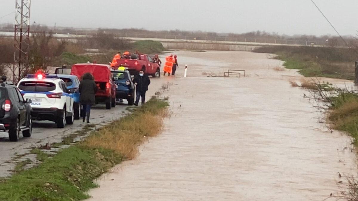 Όχημα της Πυροσβεστικής σε επιχείρηση στον Έβρο