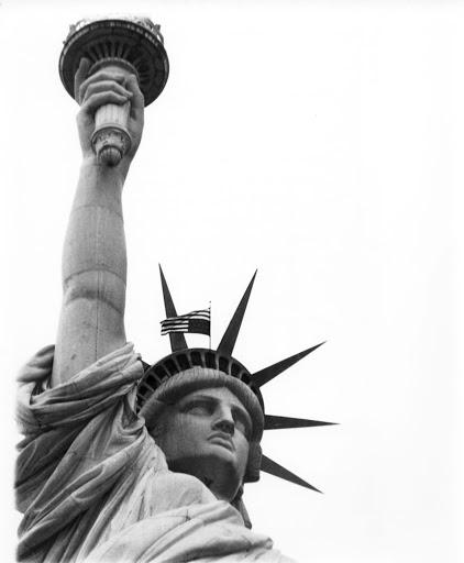 Αντιπολεμική παρέμβαση στο Άγαλμα της Ελευθερίας στη Νέα Υόρκη των Βετεράνων του Βιετνάμ εναντίων του πολέμου - 27 Δεκέμβρη 1971