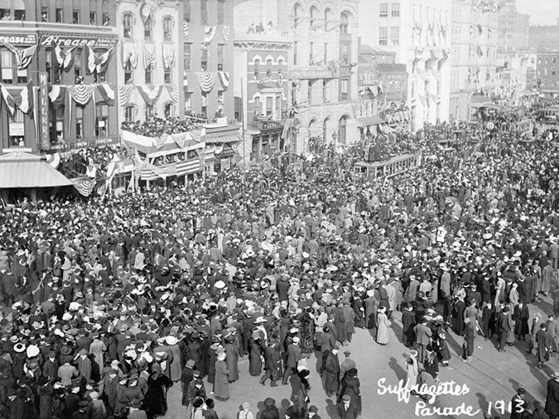 Γυναικείο κίνημα - Σουφραζέτες, διαδήλωση, 1913