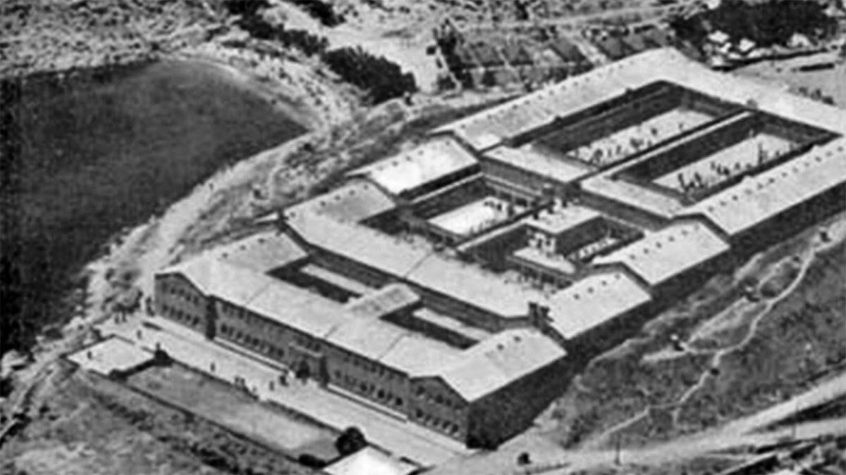 Μετεμφυλιακό κράτος - φυλακές της Γυάρου