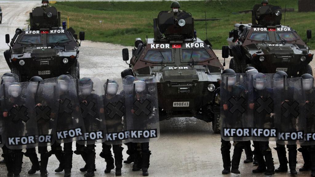 Τουρκικά στρατεύματα σε εκπαίδευση καταστολής πλήθους στο Νατοϊκό προτεκτοράτο του Κοσόβου