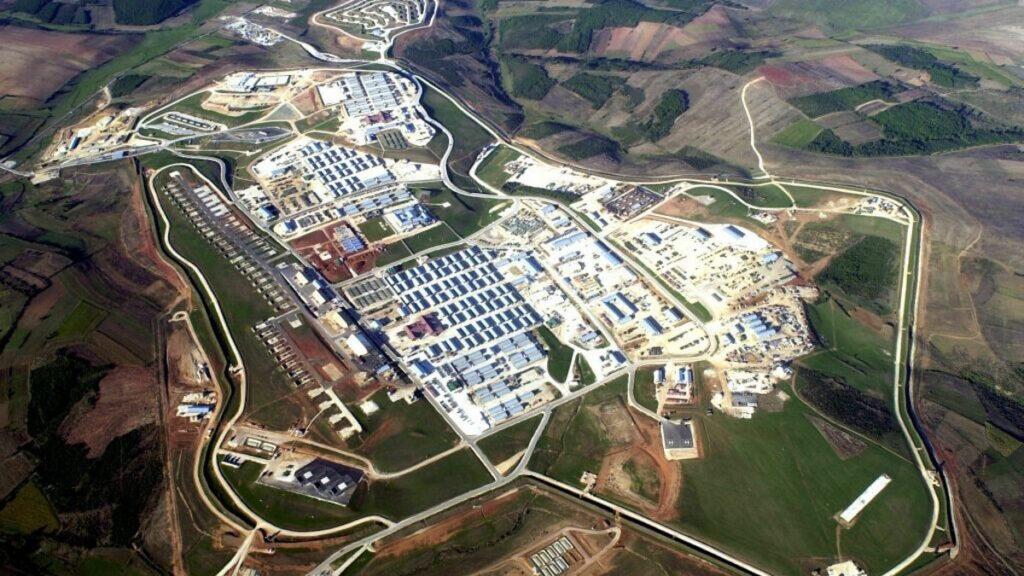 Στρατιωτική Βάση του ΝΑΤΟ στο Κόσοβο, Camp Bondsteel