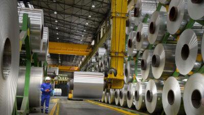 Παραγωγή κι αποθήκευση φύλλων αλουμινίου από βιομηχανική μονάδα στην Ελλάδα