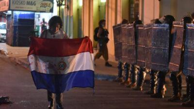 Διαδηλώσεις ενάντια στη διαχείριση της πανδημίας στην Παραγουάη