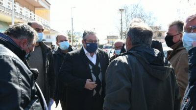 Ο Δημήτρης Κουτσούμπας, ΓΓ της ΚΕ του ΚΚΕ επισκέπτεται τις πληγείσες από το σεισμό περιοχές της Λάρισας - 17/3/2021
