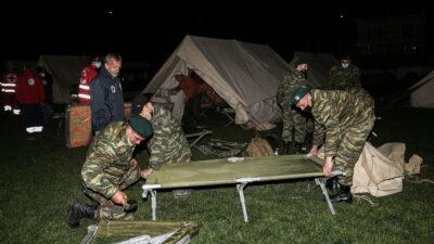 Στο γήπεδο Δαμασίου διανυκτέρευσαν οι κάτοικοι μετά τον ισχυρό σεισμό μεγέθους 6R στις 3-3-21