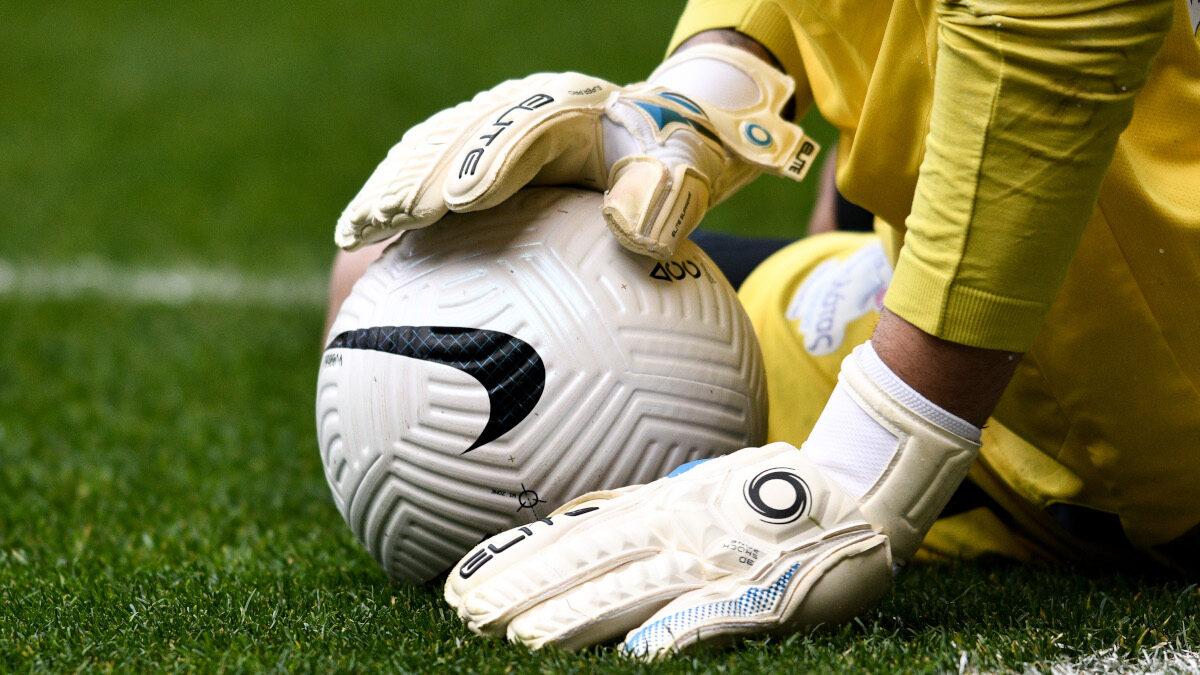 Μπάλα - Τερματοφύλακας - Ποδόσφαιρο - Super League