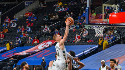 NBA: Σίξερς - Μπακς 105-109, 18/3/2021