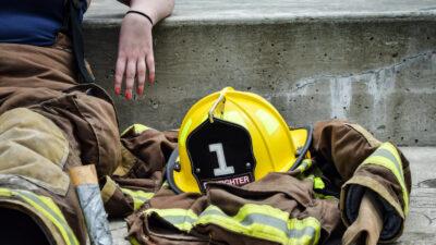 Γυναίκα - Πυροσβέστρια - Εργαζόμενη