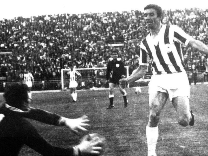 Αθλητισμός - Ποδόσφαιρο - Ολυμπιακός - Νίκος Γιούτσος