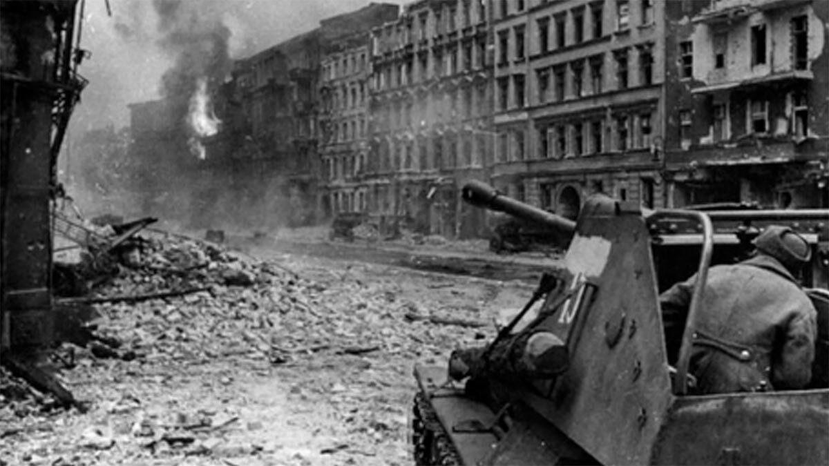 Β'ΠΠ - Κόκκινος Στρατός - Μάχη του Βερολίνου, 1945