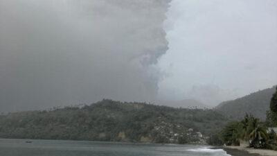 Ηφαιστειακή έκρηξη στην Καραϊβική