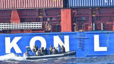 Γαλλικής Δυνάμεις πραγματοποιούν έλεγχο σε φορτηγό πλοίο τουρκικής σημαίας στα ανοιχτά της Λιβύης