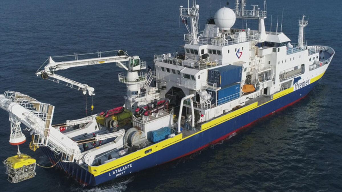 Το γαλλικό ερευνητικό πλοίο L' Atalante