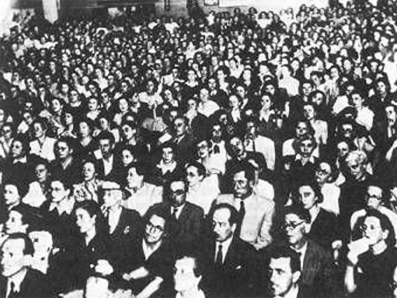 Γυναικείο κίνημα - 1ο Πανελλαδικό Συνέδριο Γυναικών, 1946