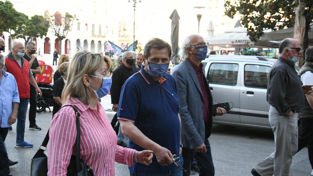 Ο Κώστας Πελετίδης στην κινητοποίηση του εργατικού κέντρου για το νέο αντεργατικό νομοσχέδιο